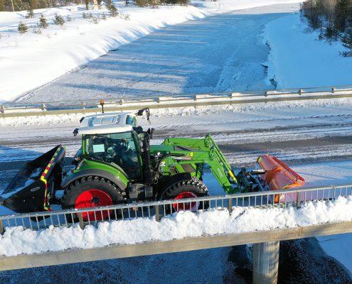 snow removal on the bridge, basic plough